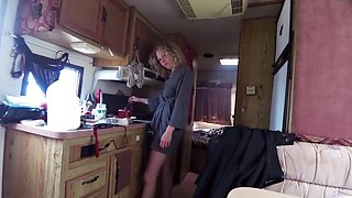 Couple fucking in camping car