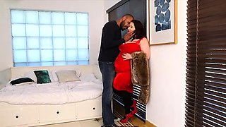 Sexy SSBBW Eliza Allure Bosses Around Latino Stud