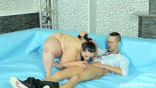 Viktorie and Dominika are fat women wrestling in the nude