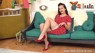 Big tits brunette fingers herself in nylons red stilettos