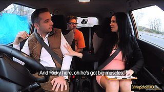 Driving instructor Jasmine Jae threesome sex in FDS car