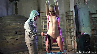 Skinny blonde Roxy Lee enjoys spanking a pussy pleasing with vibrator