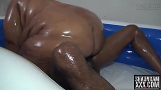 thick ebony bbw oil wrestling