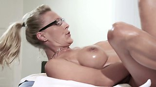 Posh blond client Lana Vegas is fucked right in the massage parlor