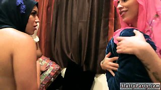 Student party dp and bosss squirt together Hot arab gals try