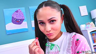 Nice teen with pigtails Ariana Marie tries to cope with massive aggressive cock