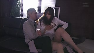 Jun gets seduced by her boss and penetrated right in her pussy