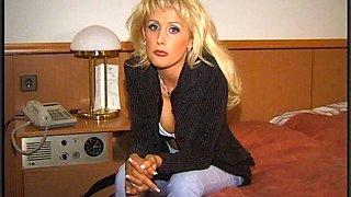Blond milf Zora Banx enjoys ardent gangbnag sex in the yard